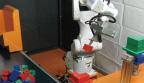ティーチングレスパレタイジング装置(3Dマシンビジョン)