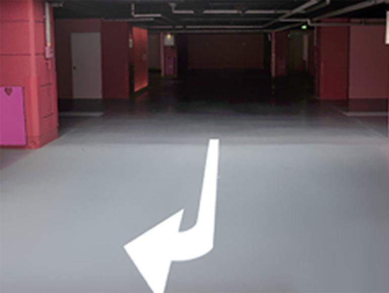 大型ショッピングモールなどの塗り床改修工事