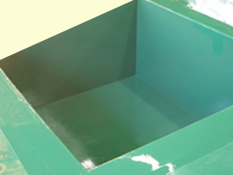 製造現場の新規ピット部分エポキシ樹脂防食塗装工事