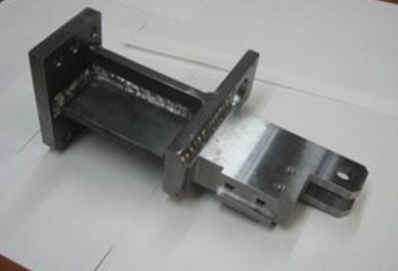 産業機械用ブラケット