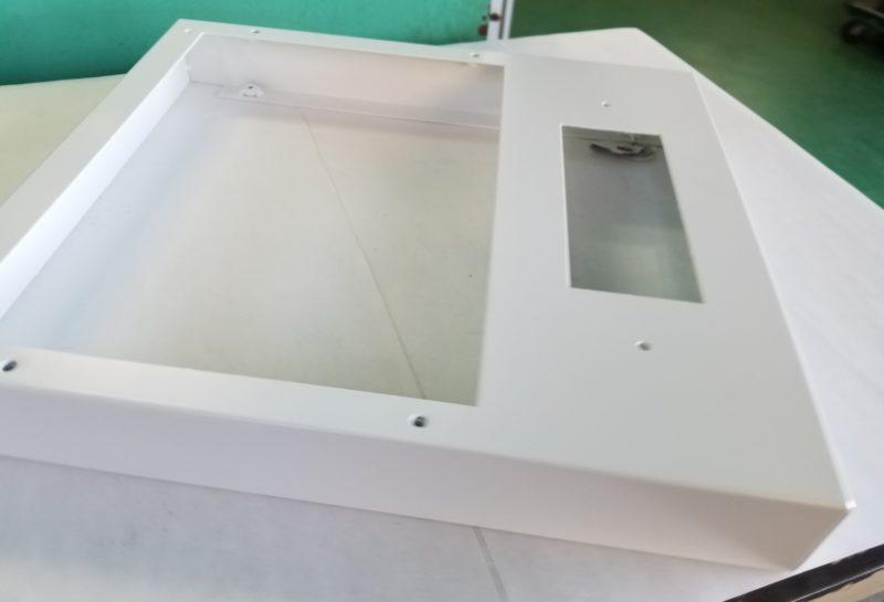 装置制御盤の外装BOX