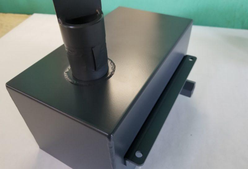 搬送装置の排気部BOXカバー